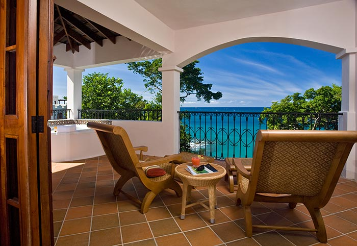 Oceanview villa suite with jacuzzi